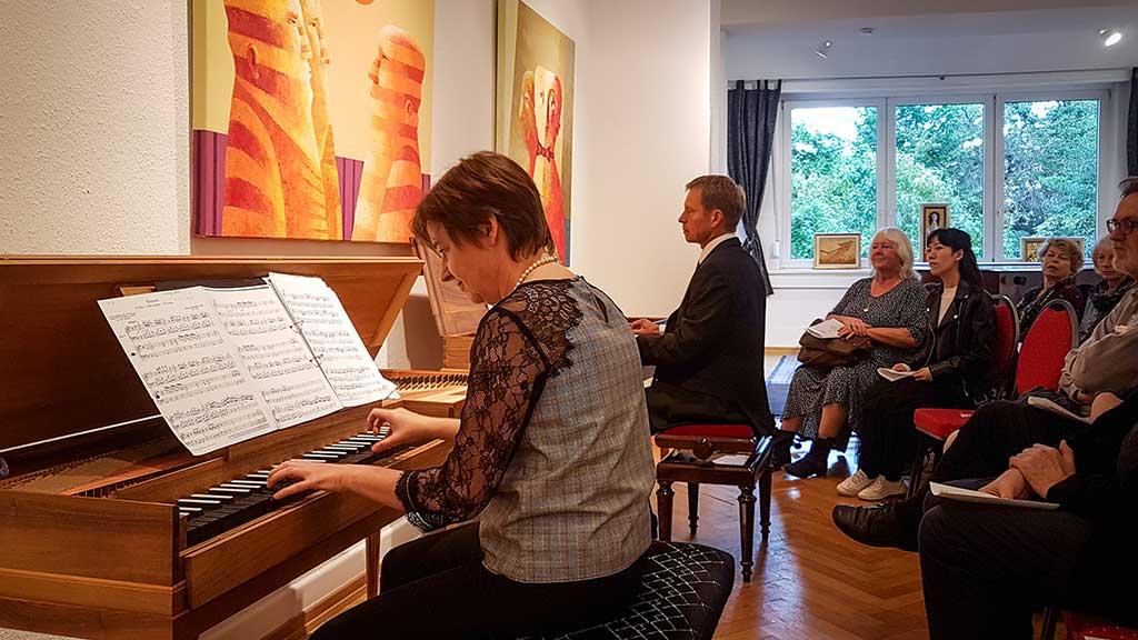 Foto von Sigrun Stephan und Gerald Hambitzer beim Konzert