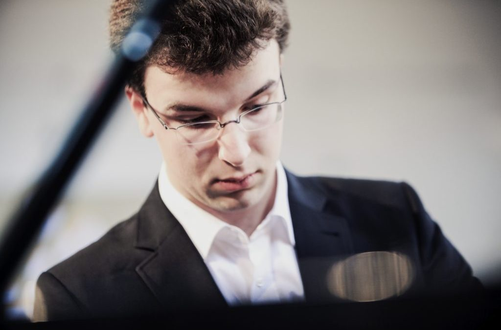 03.07.2021 – CONCERT: Knut Hanßen (piano) presents works by L. v. Beethoven, J. Haydn and F. Schubert