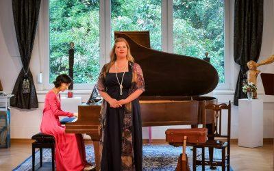 """Update 30.08.2020 – Fotos vom KONZERT: """"Kurt, Weill er mehr ist …."""" – mit Simone Hirsch (Sopran), Ira Givol (Violoncello) und Nare Karoyan (Klavier)"""